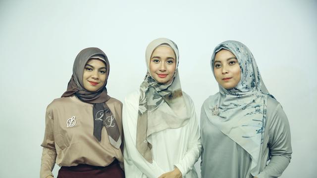 warna tambahan pada hijab
