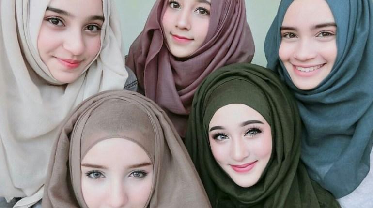 gaya hijab modis dengan pashmina
