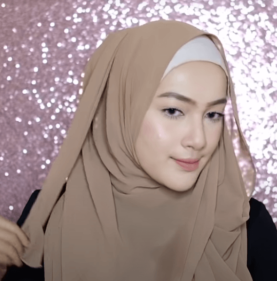hijab-pashmina-menutup-dada-11