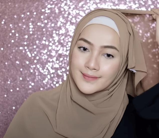 hijab-pashmina-menutup-dada-18