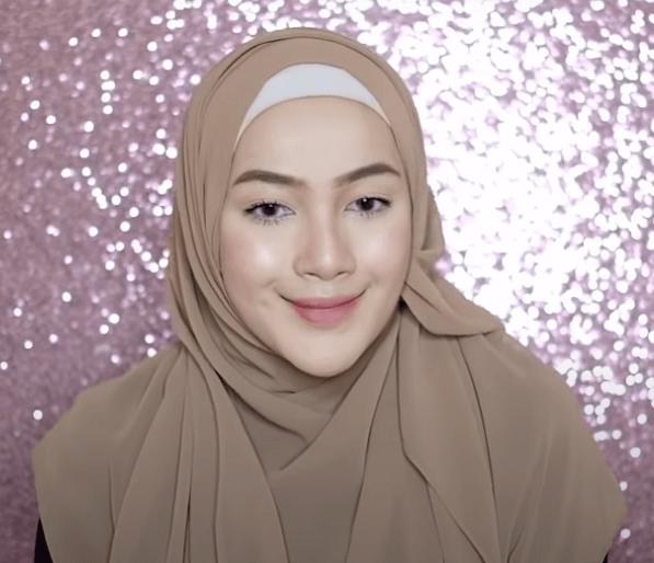 hijab-pashmina-menutup-dada-20