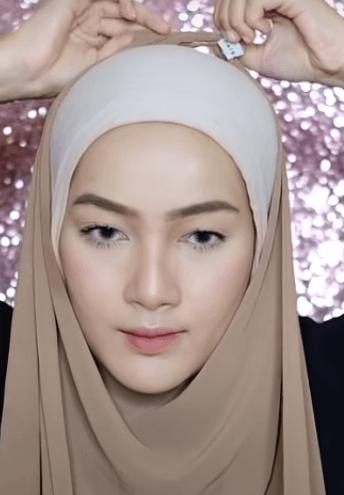 hijab-pashmina-menutup-dada-6